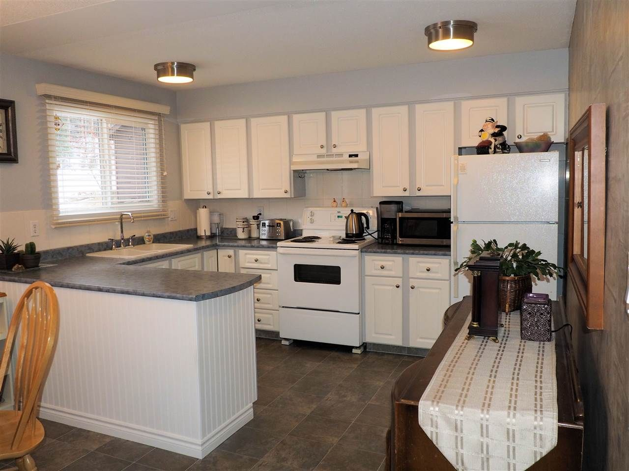 Photo 4: Photos: 4645 ROBSON Avenue in Prince George: Foothills House for sale (PG City West (Zone 71))  : MLS®# R2143048