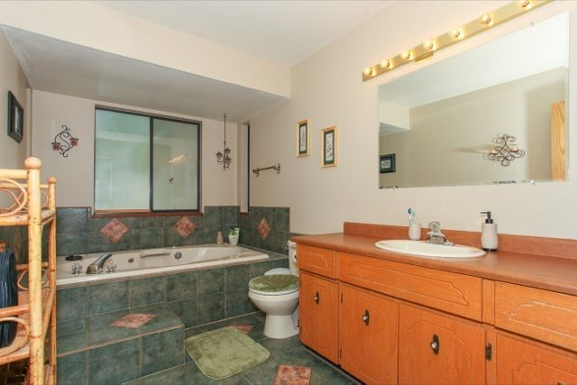"""Photo 15: Photos: 6079 132A Street in Surrey: Panorama Ridge House for sale in """"North Ridge"""" : MLS®# R2065157"""