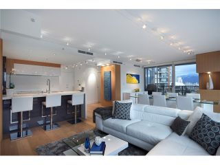 """Photo 2: 1203 918 COOPERAGE Way in Vancouver: Yaletown Condo for sale in """"THE MARINER"""" (Vancouver West)  : MLS®# V1048985"""