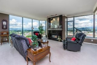 """Photo 10: 1601 32330 SOUTH FRASER Way in Abbotsford: Abbotsford West Condo for sale in """"Town Center Tower"""" : MLS®# R2548709"""