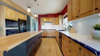 Photo 5: 1223 WILSON Crescent in Squamish: Dentville House for sale : MLS®# R2347356