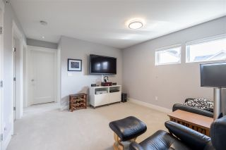 """Photo 19: 43 22057 49 Avenue in Langley: Murrayville Townhouse for sale in """"Heritage"""" : MLS®# R2559884"""