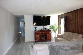 Photo 13: 16 ASPEN FOUR Drive in Steinbach: House for sale : MLS®# 202122925