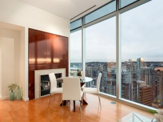 "Photo 4: 3106 938 NELSON Street in Vancouver: Downtown VW Condo for sale in ""ONE WALL CENTRE"" (Vancouver West)  : MLS®# R2313633"