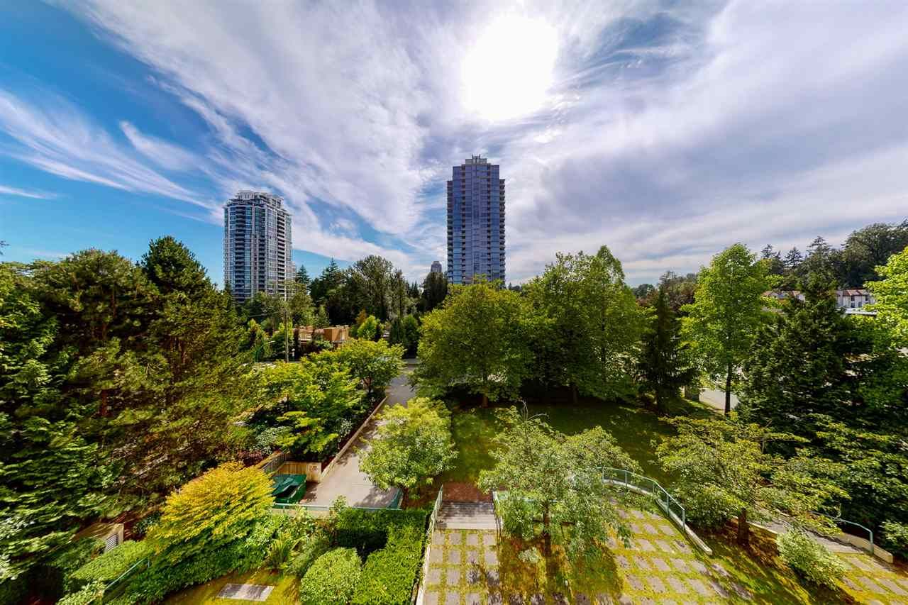 """Main Photo: 402 7108 EDMONDS Street in Burnaby: Edmonds BE Condo for sale in """"Parkhill"""" (Burnaby East)  : MLS®# R2506838"""