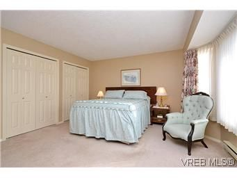Photo 12: Photos: 3 10045 Fifth St in SIDNEY: Si Sidney North-East Row/Townhouse for sale (Sidney)  : MLS®# 595091