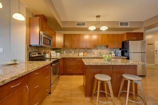 Photo 10: 1103 9707 106 Street in Edmonton: Zone 12 Condo for sale : MLS®# E4263421