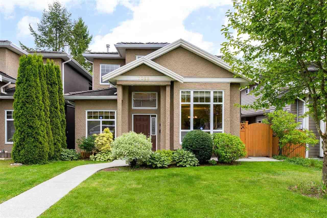 Main Photo: 7088 KITCHENER Street in Burnaby: Sperling-Duthie 1/2 Duplex for sale (Burnaby North)  : MLS®# R2582242