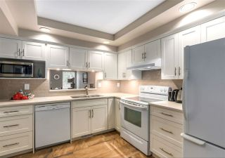"""Photo 10: 30 5111 MAPLE Road in Richmond: Lackner Townhouse for sale in """"Montego West"""" : MLS®# R2569637"""