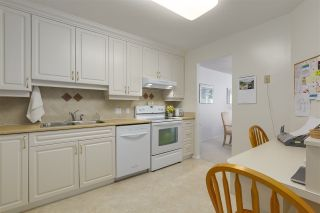 """Photo 11: 405 518 MOBERLY Road in Vancouver: False Creek Condo for sale in """"NEWPORT QUAY"""" (Vancouver West)  : MLS®# R2305828"""