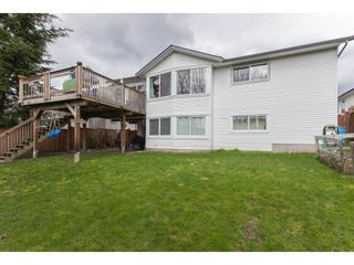Photo 19: 18274 56B AVENUE in Surrey: Cloverdale BC House for sale (Cloverdale)  : MLS®# R2148216