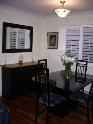 Photo 16: BEAUTIFULLY RENOVATED 3-BR TOWNHOUSE!