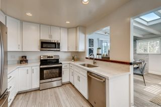 Photo 8: CLAIREMONT House for sale : 3 bedrooms : 6521 Thornwood St in San Diego