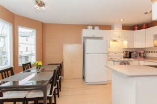 """Photo 7: 41 15450 101A Avenue in Surrey: Guildford Townhouse for sale in """"CANTERBURY"""" (North Surrey)  : MLS®# R2149046"""
