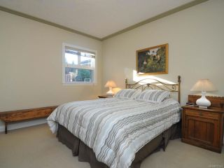 Photo 21: 10 1285 GUTHRIE ROAD in COMOX: CV Comox (Town of) Row/Townhouse for sale (Comox Valley)  : MLS®# 717514