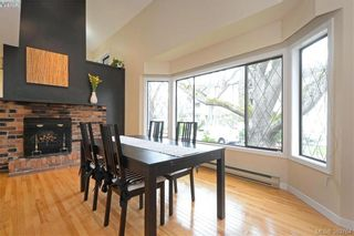 Photo 2: 1 1464 Fort St in VICTORIA: Vi Fernwood Row/Townhouse for sale (Victoria)  : MLS®# 783253