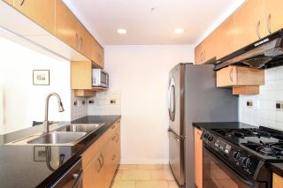 "Photo 7: 1005 189 DAVIE Street in Vancouver: Yaletown Condo for sale in ""Aquarius III"" (Vancouver West)  : MLS®# R2106888"