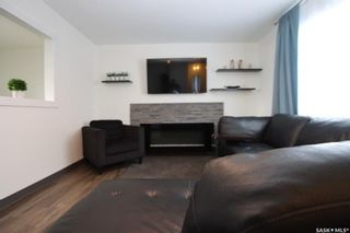 Photo 4: 41 Tupper Crescent in Saskatoon: Confederation Park Residential for sale : MLS®# SK841213