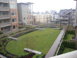 """Photo 9: 301 119 W 22ND Street in North Vancouver: Central Lonsdale Condo for sale in """"Anderson Walk"""" : MLS®# V936339"""