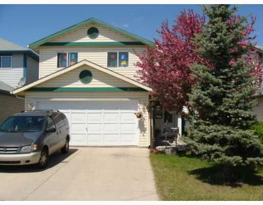 Main Photo: 914 APPLEWOOD Drive SE in CALGARY: Applewood Residential Detached Single Family for sale (Calgary)  : MLS®# C3413083