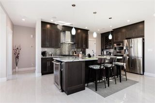 Photo 7: 723 ALBANY PL NW: Edmonton House for sale : MLS®# E4088726