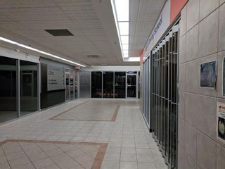 Photo 18: 115 1518 CENTRE Street NE in Calgary: Crescent Heights Retail for sale : MLS®# C4161727