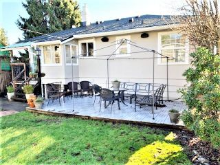 """Photo 38: 1607 HAMILTON Street in New Westminster: West End NW House for sale in """"WEST END"""" : MLS®# R2536882"""