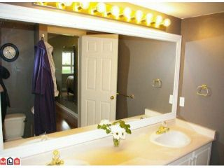 """Photo 10: 108 20125 55A Avenue in Langley: Langley City Condo for sale in """"BLACKBERRY LANE 2"""" : MLS®# F1200974"""