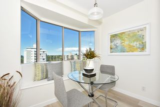 """Photo 8: 902 2288 W 40TH Avenue in Vancouver: Kerrisdale Condo for sale in """"Kerrisdale Parc"""" (Vancouver West)  : MLS®# R2363807"""