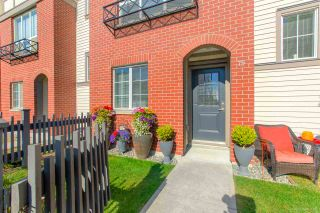 """Photo 2: 79 7848 209 Street in Langley: Willoughby Heights Townhouse for sale in """"MASON & GREEN"""" : MLS®# R2435109"""