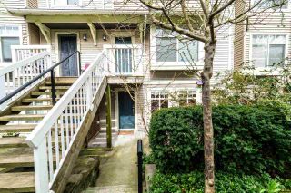 Photo 2: 49 7488 SOUTHWYNDE Avenue in Burnaby: South Slope Townhouse for sale (Burnaby South)  : MLS®# R2152436