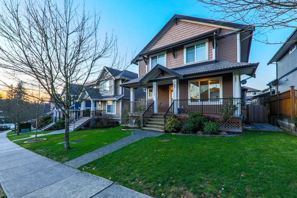 """Main Photo: 23767 KANAKA Way in Maple Ridge: Cottonwood MR House for sale in """"FALCON HILL"""" : MLS®# R2227519"""