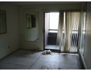 """Photo 7: 301 1720 W 12TH Avenue in Vancouver: Fairview VW Condo for sale in """"TWELVE PINES"""" (Vancouver West)  : MLS®# V812300"""