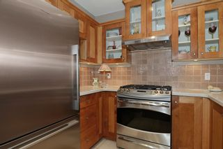 """Photo 12: 210 3088 W 41ST Avenue in Vancouver: Kerrisdale Condo for sale in """"LANESBOROUGH"""" (Vancouver West)  : MLS®# V1048827"""