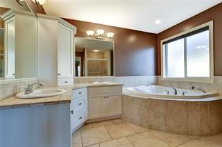 Photo 11: 3645 Gala View Drive in West Kelowna: LH - Lakeview Heights House for sale : MLS®# 10223859