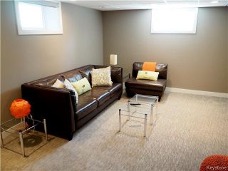 Photo 12: 65 Pilgrim Avenue in Winnipeg: Single Family Detached for sale : MLS®# 1608746
