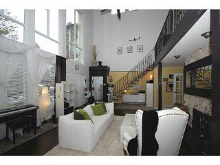 "Photo 3: 458 SHANNON Way in Tsawwassen: Pebble Hill House for sale in ""TSAWWASSEN HEIGHTS"" : MLS®# V1052172"