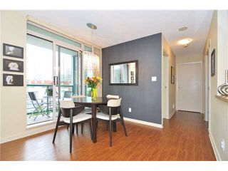 """Photo 3: 605 1067 MARINASIDE Crescent in Vancouver: Yaletown Condo for sale in """"QUAYWEST II"""" (Vancouver West)  : MLS®# V955642"""