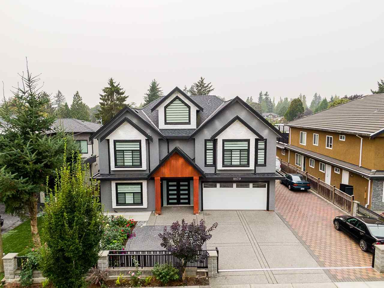 Main Photo: 8879 148 Street in Surrey: Bear Creek Green Timbers House for sale : MLS®# R2499971