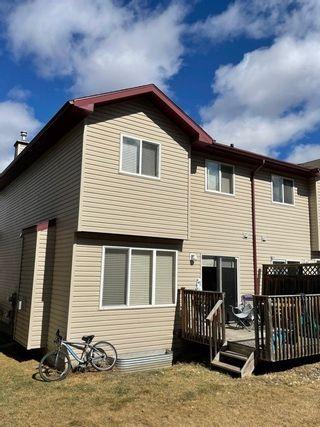 Photo 2: 18 Meridian Loop: Stony Plain House Half Duplex for sale : MLS®# E4236164