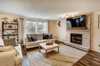 Photo 13: 200 Hawkwood Drive NW in Calgary: Hawkwood Detached for sale : MLS®# A1151408