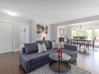 Photo 6: 1071 KING GEORGE Boulevard in Surrey: King George Corridor House for sale (South Surrey White Rock)  : MLS®# R2479614