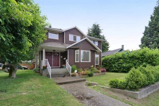 Photo 2: 1872 WESTVIEW Drive in North Vancouver: Central Lonsdale House for sale : MLS®# R2563990