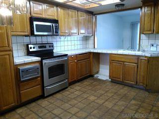 Photo 7: Condo for sale : 2 bedrooms : 230 W Laurel in San Diego