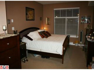 """Photo 7: 107 2068 SANDALWOOD Crescent in Abbotsford: Central Abbotsford Condo for sale in """"THE STERLING"""" : MLS®# F1018946"""
