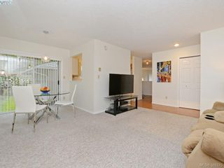 Photo 7: 4352 Parkwood Terr in VICTORIA: SE Broadmead Half Duplex for sale (Saanich East)  : MLS®# 780519