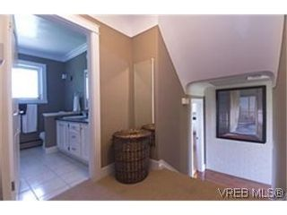 Photo 4:  in VICTORIA: Es Rockheights House for sale (Esquimalt)  : MLS®# 466320