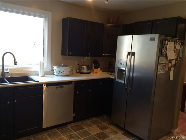 Photo 5: Photos: 23 Scotswood Drive in Winnipeg: Residential for sale : MLS®# 1608645