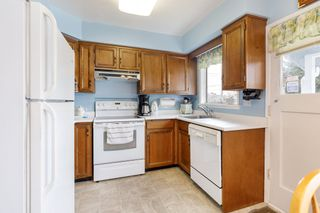 Photo 10: 3825 DUNDAS Street in Burnaby: Vancouver Heights House for sale (Burnaby North)  : MLS®# R2517776