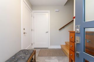 Photo 7: 3253 Doncaster Dr in : SE Cedar Hill House for sale (Saanich East)  : MLS®# 870104